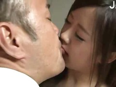 Lucah: Porno Softcore, Isap, Cium, Orang Jepun