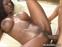 Porno: Amcıq, Döşlər, Döşlər, Iri Döşlü