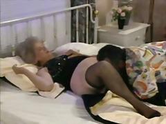 Porno: Senelės