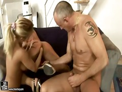 Pornići: Anal, Maca, Fisting