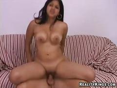 Pornići: Prirodne Sise, Međurasni, Brineta, Latinoamerikanke