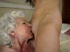 Porn: Lezbijka, Najstnica, Starejše Ženske