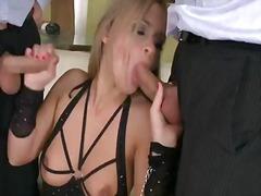 Porno: Krūtys, Grupinis Trise, Dviguba Penetracija, Įsiskverbimas