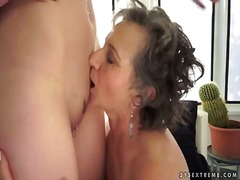 Bold: Blonde, Lola, Oral Sex, Matanda