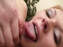 Phim sex: Âm Đạo, Lỗ Nhị