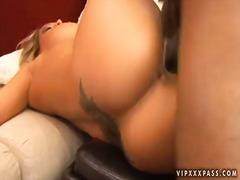 Porno: Ağır Sikişmə, Pornoulduz, Millətlərarası
