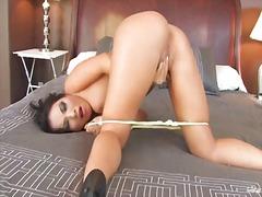 Porno: Tənha, Asialı