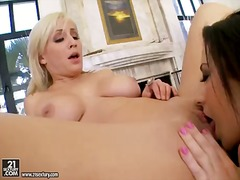 Porno: Blonde, Inghitire, Brunete