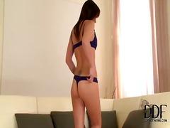 Porno: En Solitari, Masturbació