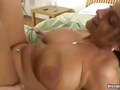Phim sex: Vú, Ngực Lớn