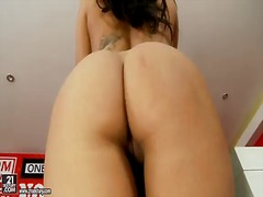 Porno: Boğaza Kimi, Anal