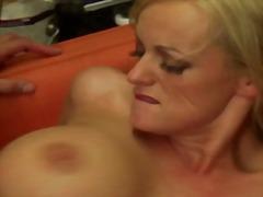 Porn: सुनहरे बाल वाली, चूंचियां, मिल्फ़