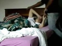Porno: Oğlan, Arvad, Divanda