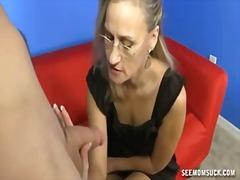 Porn: मूठ मारना, पत्नी, बुड्ढी औरत, मां