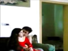 პორნო: ვიდეო კამერა, ინდოელი, დამალული