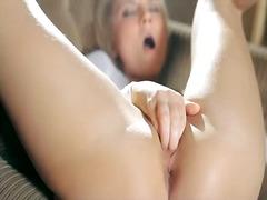 Porno: Qırxılmış, Masturbasya, Yeniyetmə, Tənha