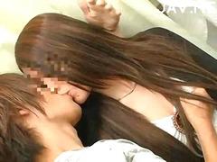 جنس: مداعبة, نيك لطيف, قبلات, يابانيات