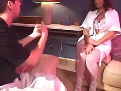 جنس: بزاز, ممرضات, وضعية الكلب, تستمنى زبه بيدها