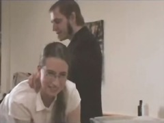 Porno: Secretare, Femei Mature, Bataie La Fund