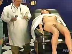 جنس: مراهقات, طبيب النساء