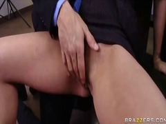 Porno: Cica, Milf, Penetrim, Në Zyre