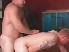 Porno: Tetovētie, Anālais, Geji, Dibeni