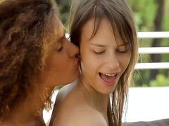 Porno: Cipka, Lesbijki, Wibratory, Lizanie