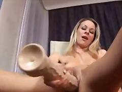 Porno: Blondid, Mänguasi, Dildo