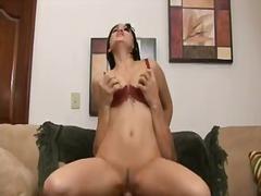 Porno: Jeune Fille, Gros Seins