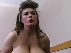 Porno: Lieli Pupi, Resnas Meitenes, Vācieši, Lieli Pupi