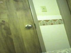 פורנו: שמנמנות, מקלחת, הודיות