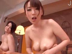 Porn: Japonka, Velike Joške, Azijci, Grupni
