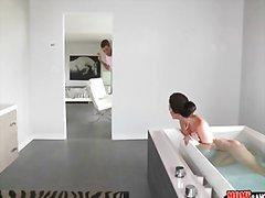 פורנו:אמבטיה