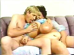 Porno: Yaşlı, Qaralar, Iri Döşlü, Ağır Sikişmə