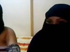 Porn: Árabes, Lésbicas, Mulheres Sexy