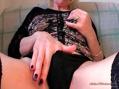 Porn: Meia Fina, Fisting, Madura, Óculos
