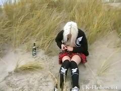 Porno: Blotting, Jente, Naken, Strand