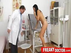 Porno: Pas Ginekologą, Vagina, Pas Daktarą, Nuskusta