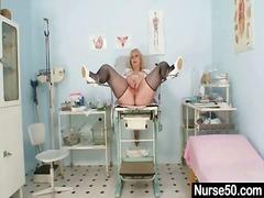 جنس: خبيرات, منظار, ممرضات