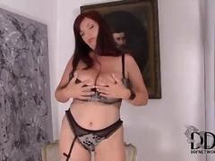 Porno: Kabluk, Döşlər, Tənha