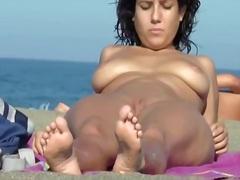 Porno: Bytha, Bukuroshet, Në Plazh