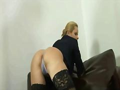 Porno: Alçaldıcı, Döşlər, Hökmran, Şillələmək