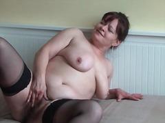 Porno: Sukad, Karvane, Küps, Masturbeerimine
