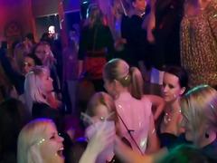 Porn: शराबी, पार्टी, समूह