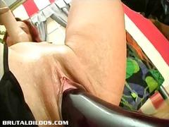 Porn: Igrača, Dildo, Špricanje, Rdečelaska