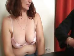 Porn: वास्तविक, अधेड़ औरत, बुड्ढी औरत, मां
