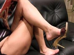 جنس: سيدات رائعات, حب الأرجل, أمهات