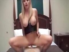 Porno: Siqaret Çəkən, Xalaşka