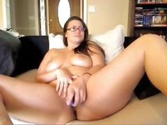 Porno: Bikini, Bytha