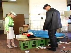 Porno: Påkledd, 3Kant